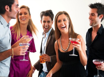 Весёлая вечеринка с друзьями