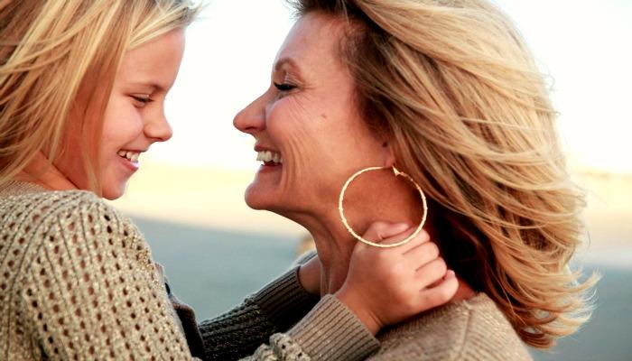 Внучка с бабушкой