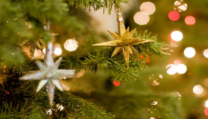 Украшения на новогодней елке