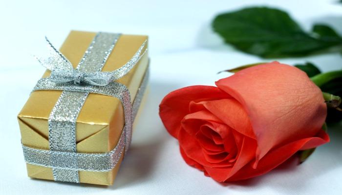 Подарок для женщины