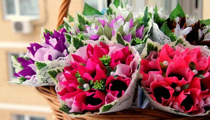 Букеты для поздравления женщин с 8 марта